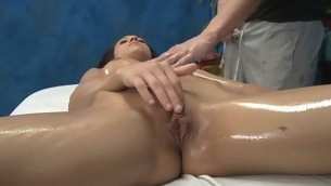 Chap-fallen sexy honey copulates and sucks her massage psychotherapist