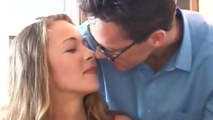 Sweetheart performs wonderful oral-job, gets vagina licked and banged