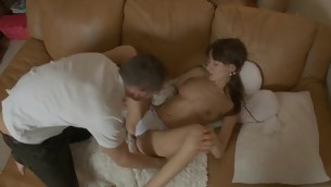 Sweetheart gives stud oral after giving chick scruffy gungy crack licking