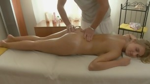 Darling gives pleasurable oral sex after getting plugola massage