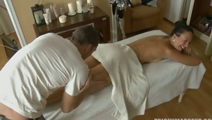 Ignorance shocked as soon as she is fucked via a massage