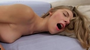 Despondent hotty with hawt body takes 10-Pounder and likes the smack of cum!