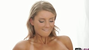Having stud indoctrinate her twat foreign behind fills chick all over admiration