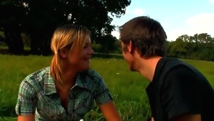 Sexy legal epoch teenager lady gets nailed in undeceitful air unfamiliar behind by partner