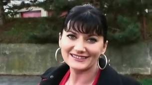 Sexy brunette babe raillery