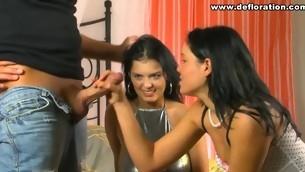 Juvenile virgin shows her tender left-hand cunt for the livecam